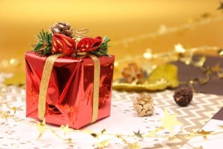 クリスマスプレゼント なぜあげるのか?それは自分の金運アップのためです!